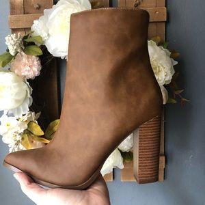 NEW Tan Heel Boots
